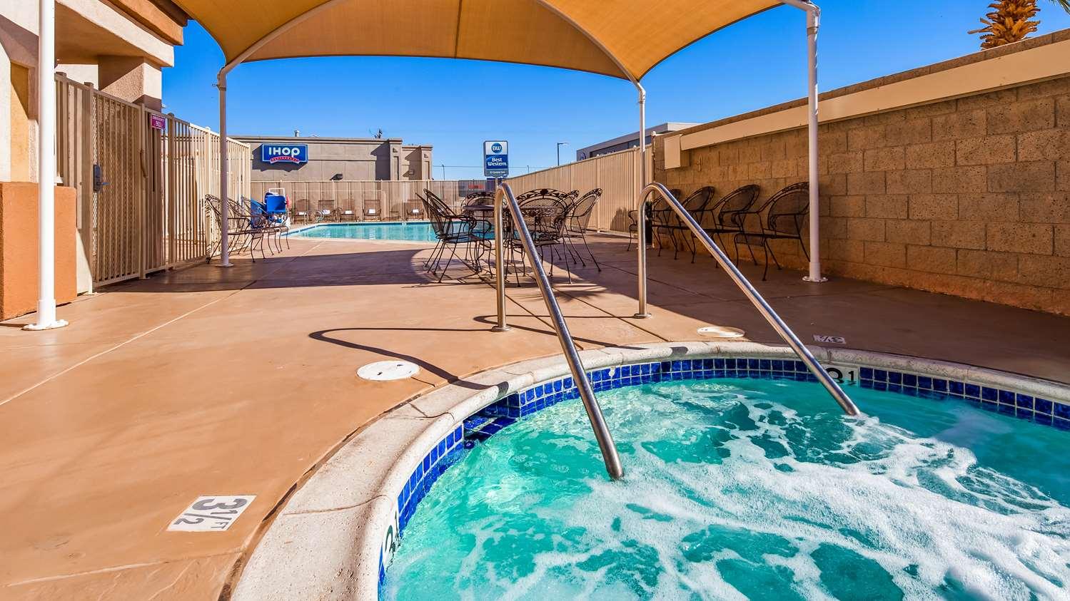 Pool - Best Western El Centro Inn