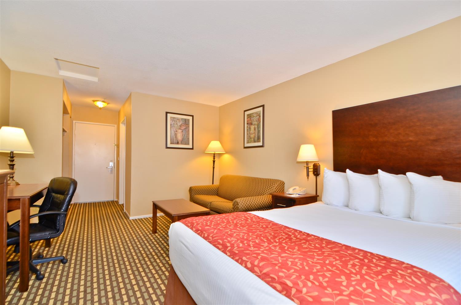 Best Western Plus Kettleman City Inn & Suites, CA