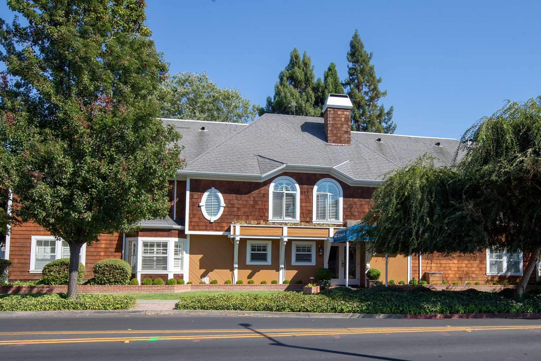 Exterior view - Best Western Plus Elm House Inn Napa