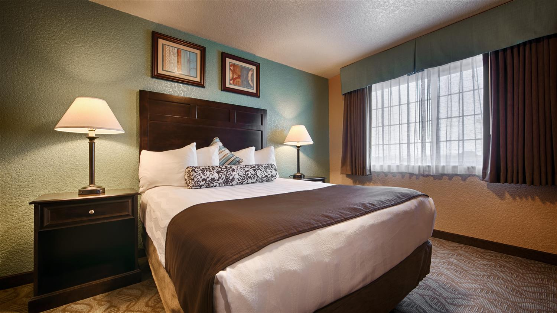 Room - Best Western Plus Bayshore Inn Eureka