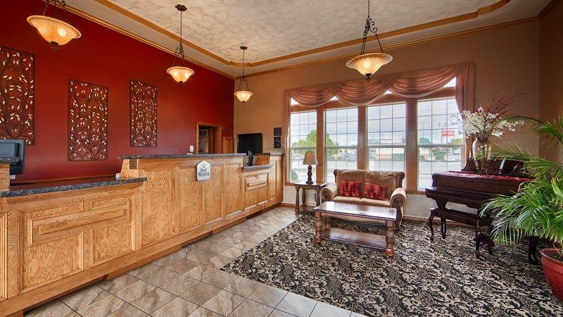 Lobby - Best Western Plus Bayshore Inn Eureka