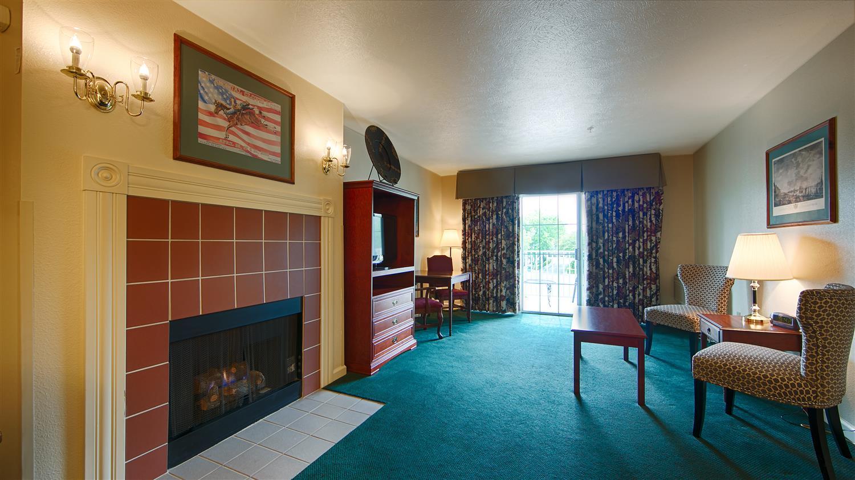 Suite - Best Western Clovis Cole Inn