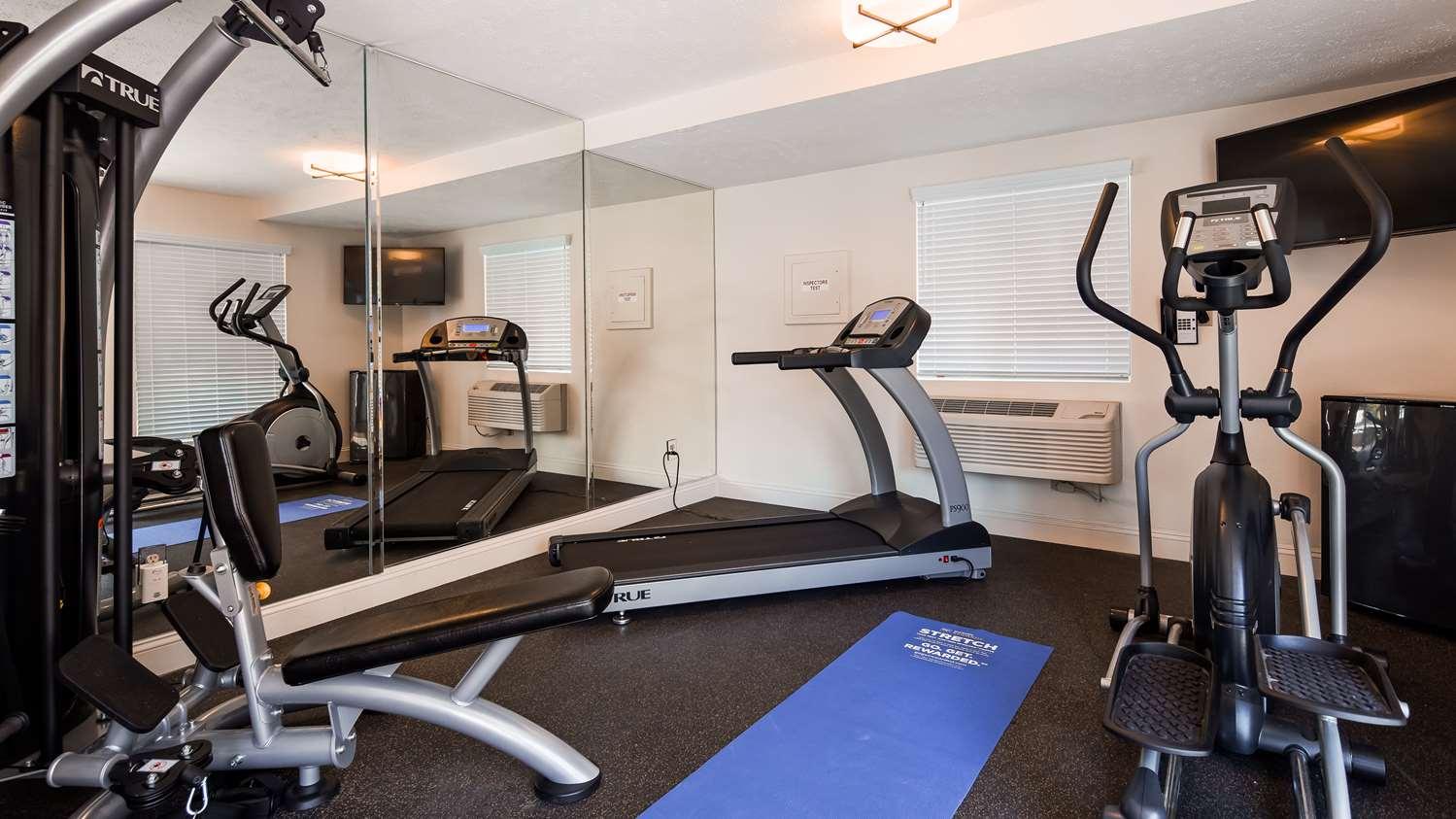 Fitness/ Exercise Room - Best Western Clovis Cole Inn