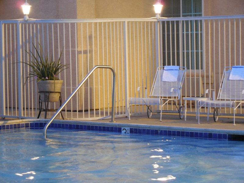 Pool - Best Western John Jay Inn Calexico