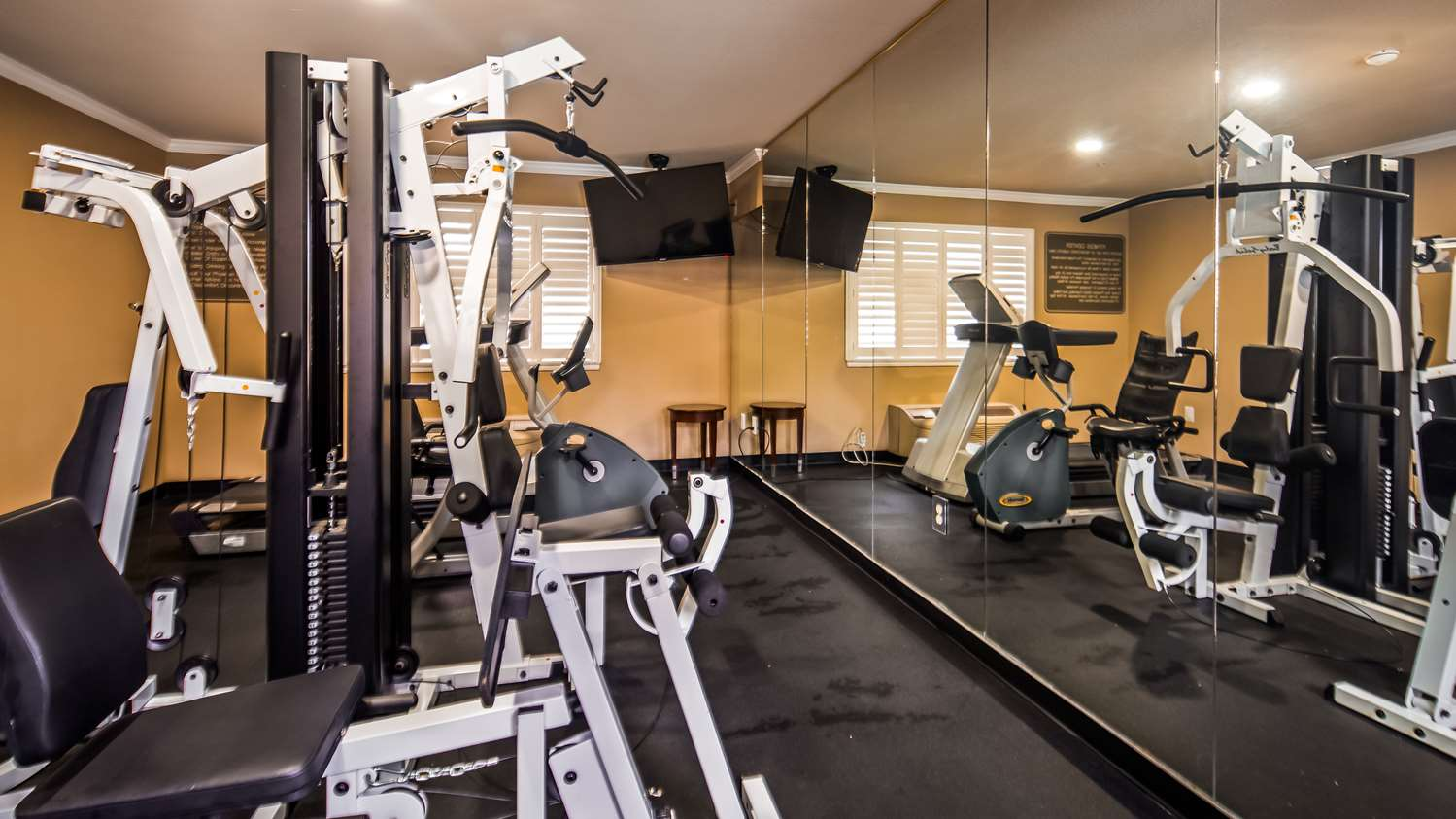 Fitness/ Exercise Room - Best Western Orchard Inn Ukiah