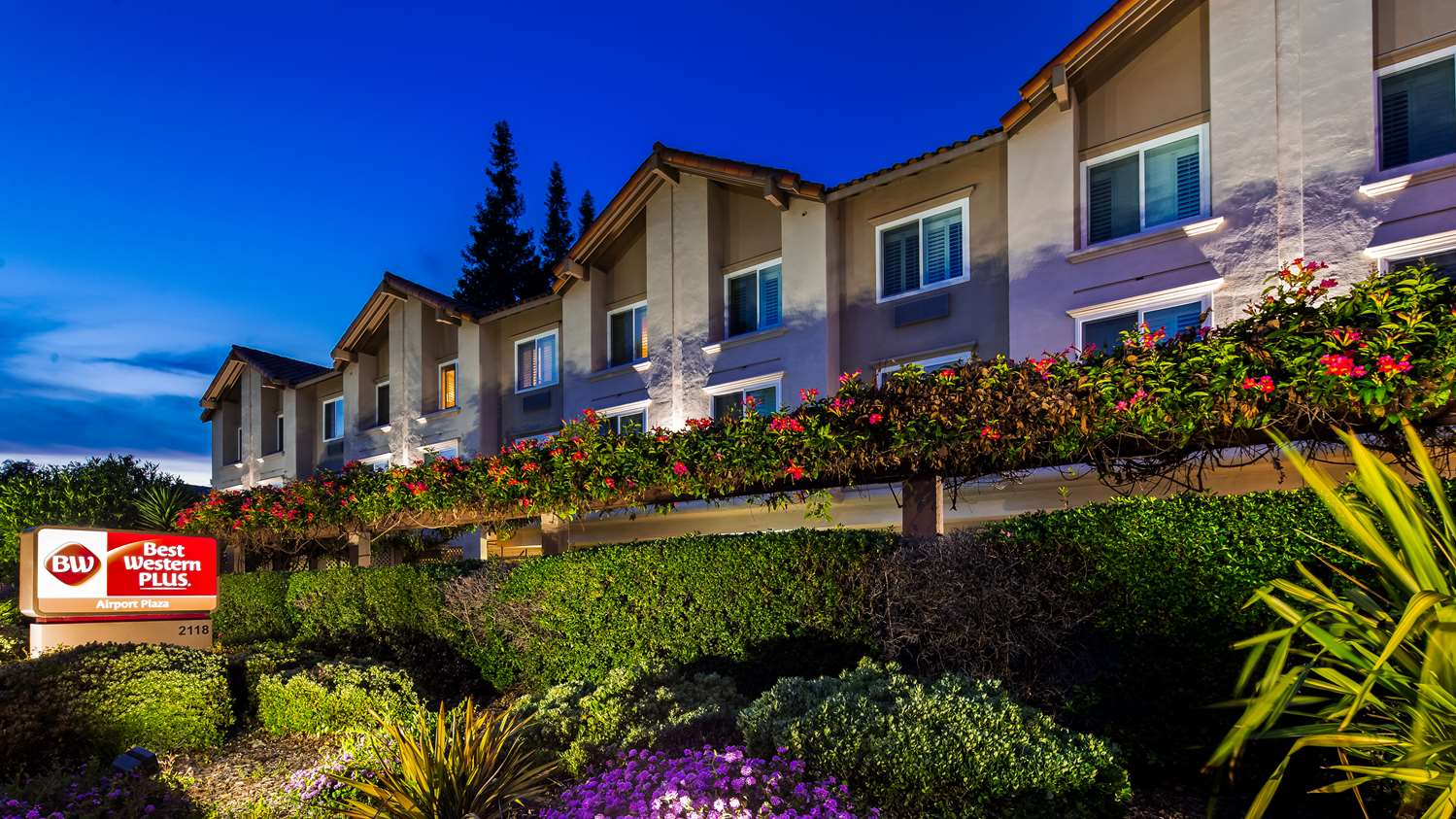 Exterior view - Best Western Plus Airport Plaza Hotel San Jose