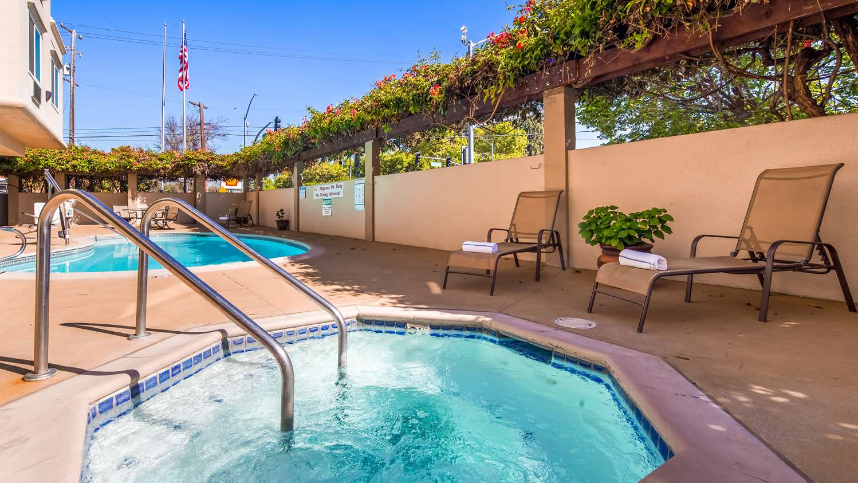 Pool - Best Western Plus Airport Plaza Hotel San Jose