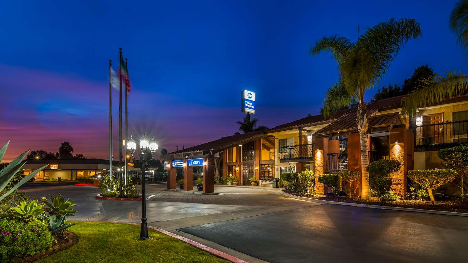 Chula Vista Resort Review Updated Rates Sep 2019: Best Western Americana Inn San Ysidro, CA