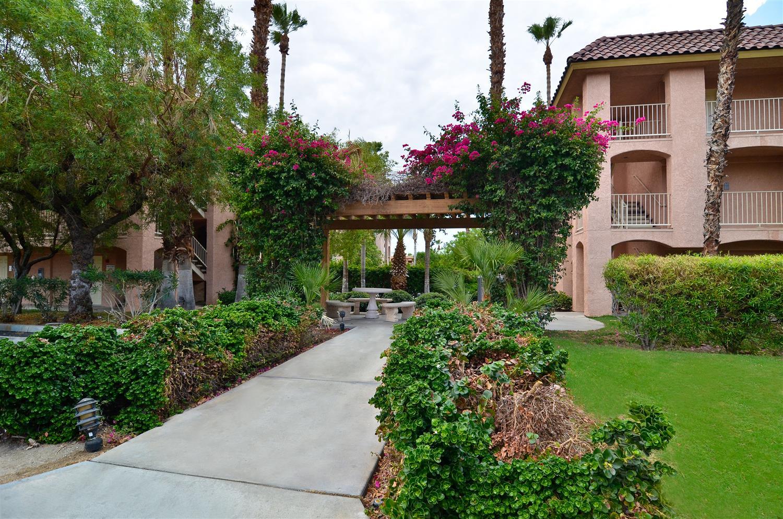 Exterior view - Best Western Plus Palm Desert Resort
