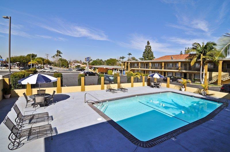 Pool - Best Western Orange Inn