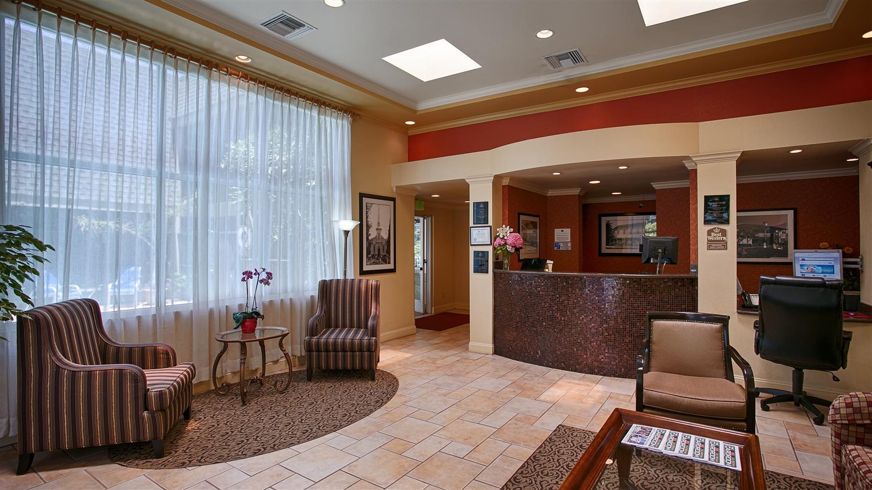 Lobby - Best Western Danville Sycamore Inn