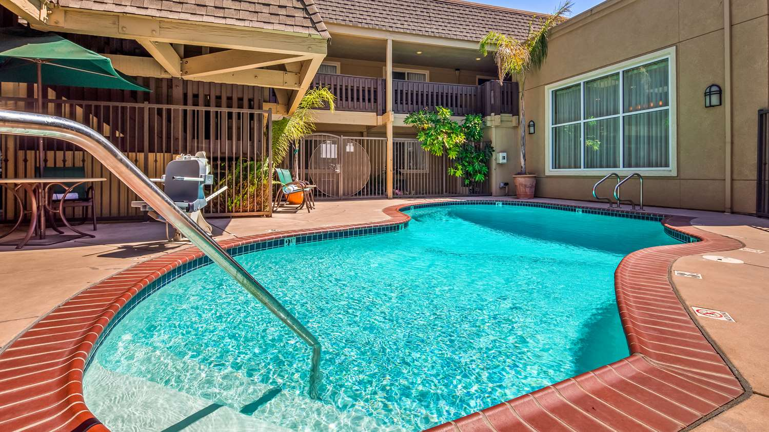 Pool - Best Western Danville Sycamore Inn