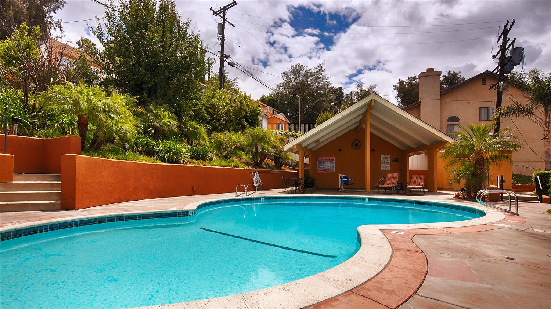 Pool - Best Western Woodland Hills Inn