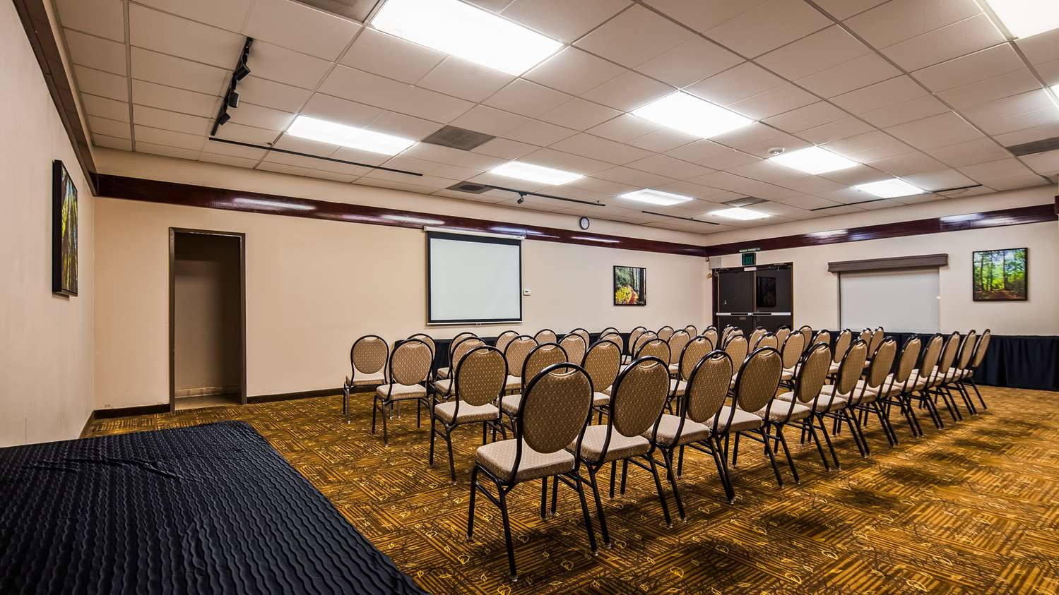 Meeting Facilities - Best Western Plus Forest Park Inn Gilroy