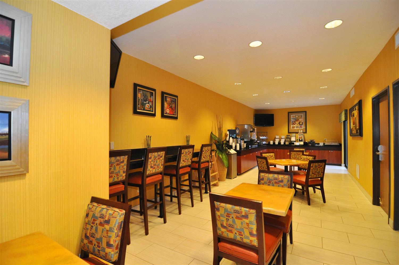 Restaurant - Best Western Plus Fresno Inn