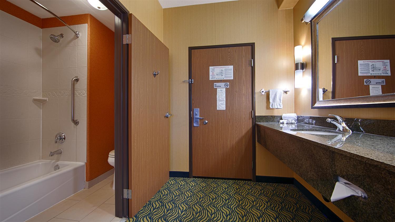 Room - Best Western Plus Fresno Inn