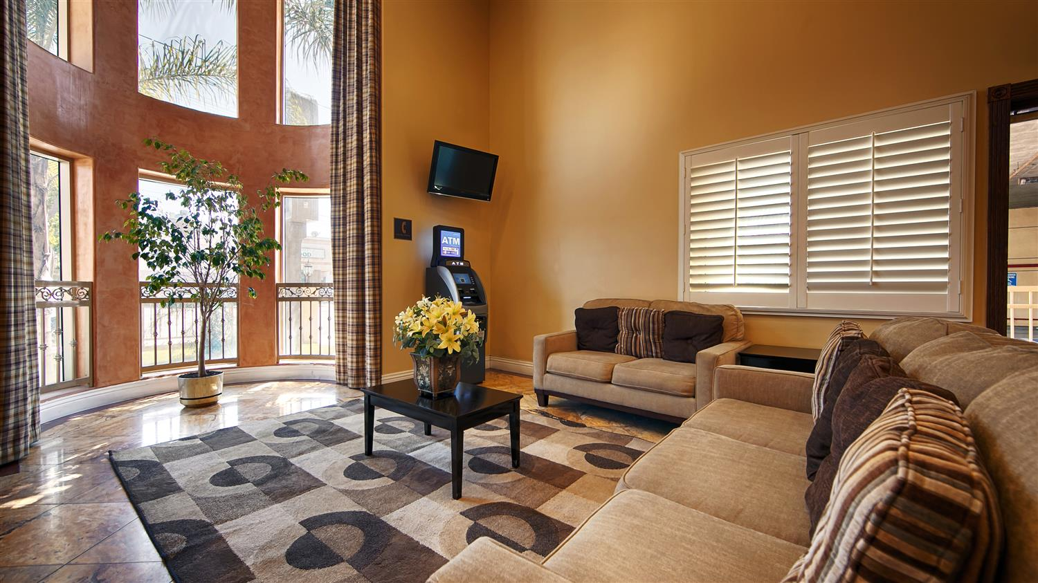 Lobby - Best Western Burbank Airport Inn North Hollywood
