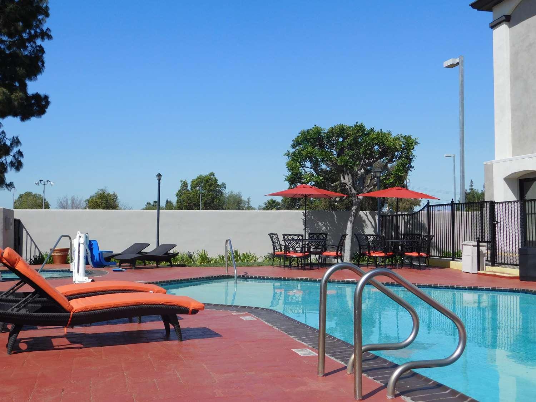Best Western Plus Anaheim Orange County Hotel To Disneyland