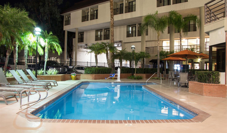 Pool - Best Western Plus Irvine Spectrum Hotel Lake Forest