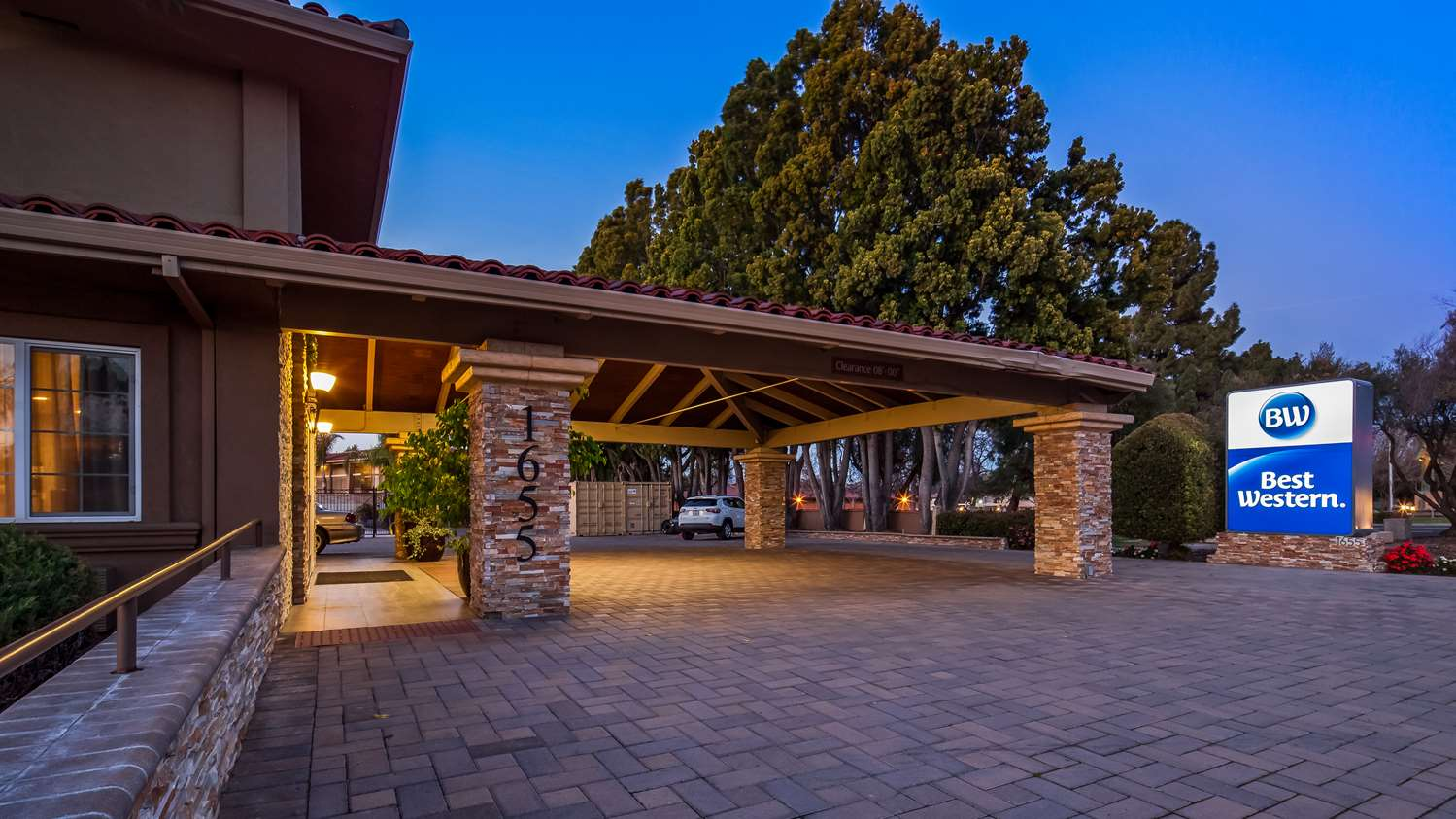 Exterior view - Best Western Santa Clara University Inn