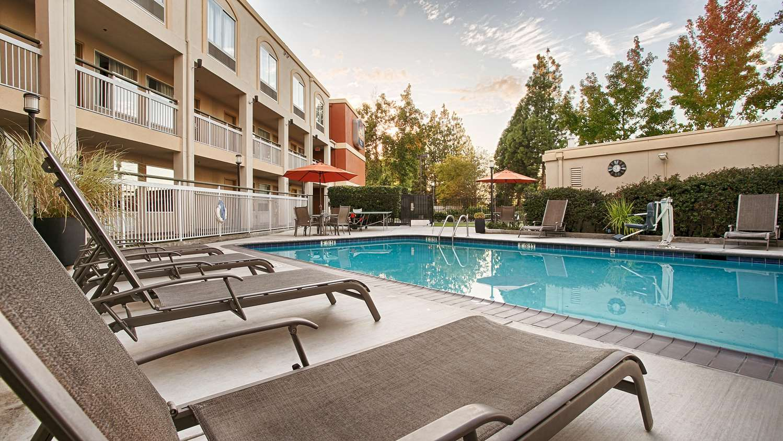 Pool - Best Western Plus Rancho Cordova Inn