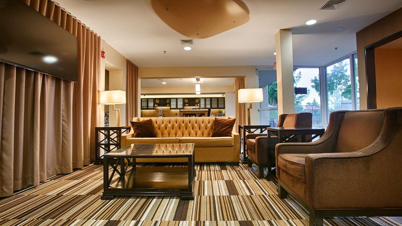 Lobby - Best Western Plus Rancho Cordova Inn