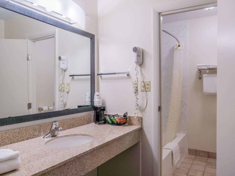 Suite - Best Western Alamosa Inn
