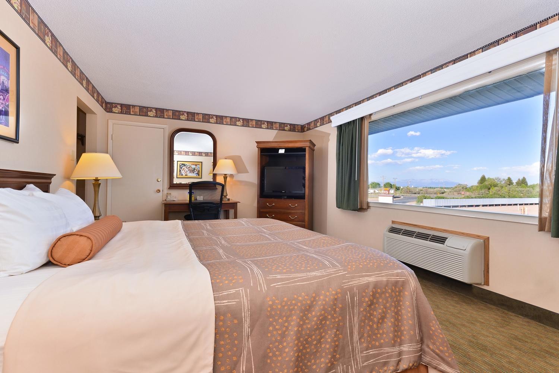 Room - Best Western Movie Manor Motel Monte Vista