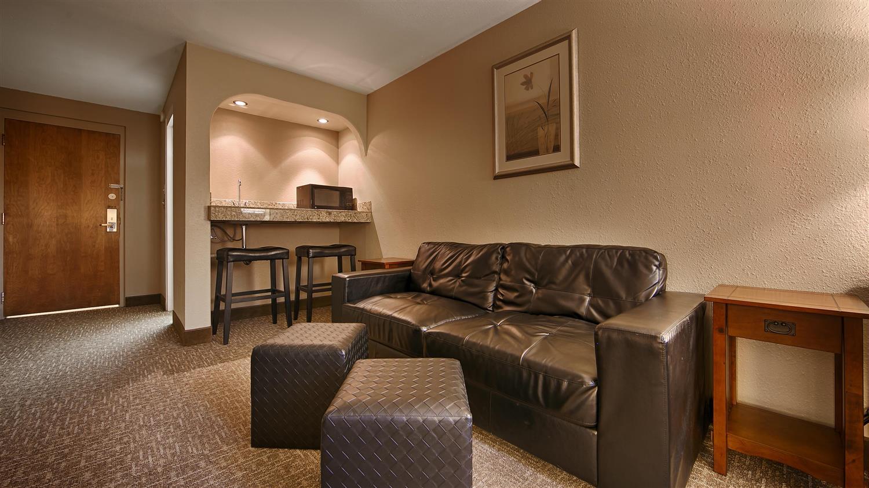 Suite - Best Western University Inn Fort Collins