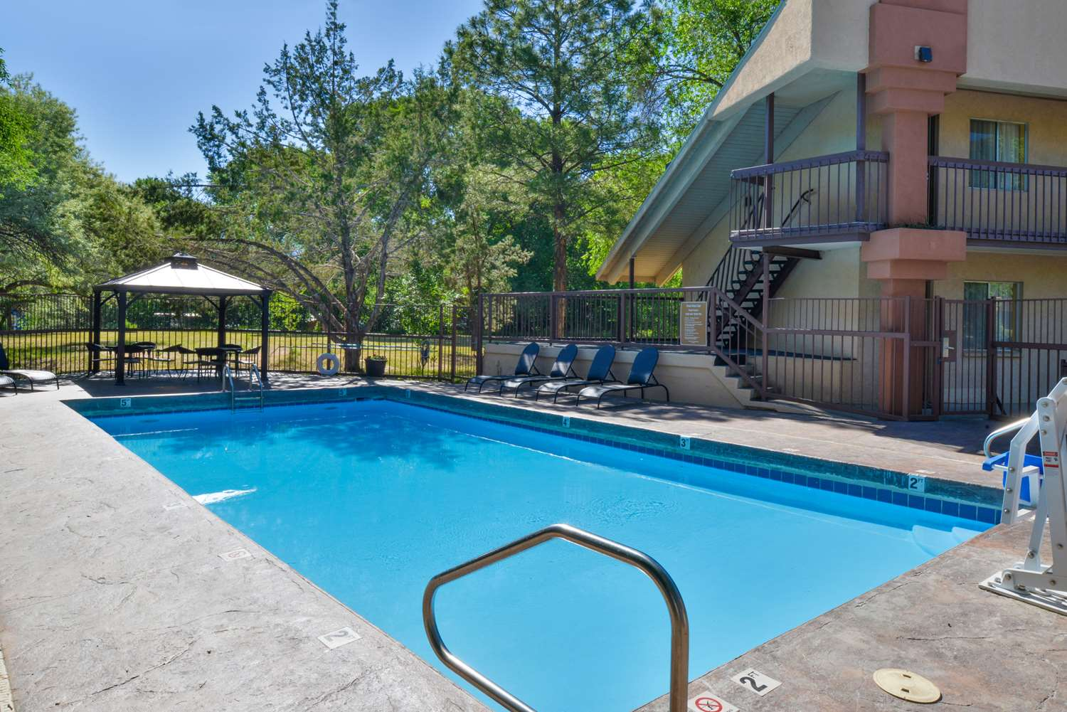 Pool - Best Western Durango Inn & Suites
