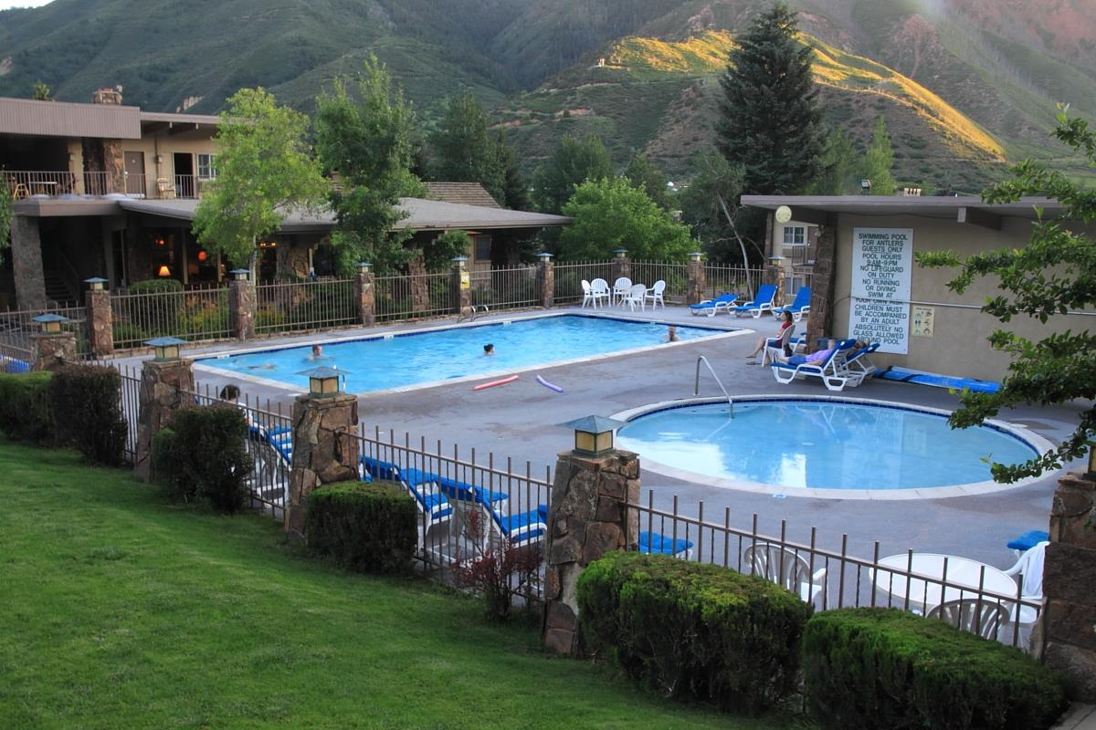 Pool - Best Western Antlers Inn Glenwood Springs