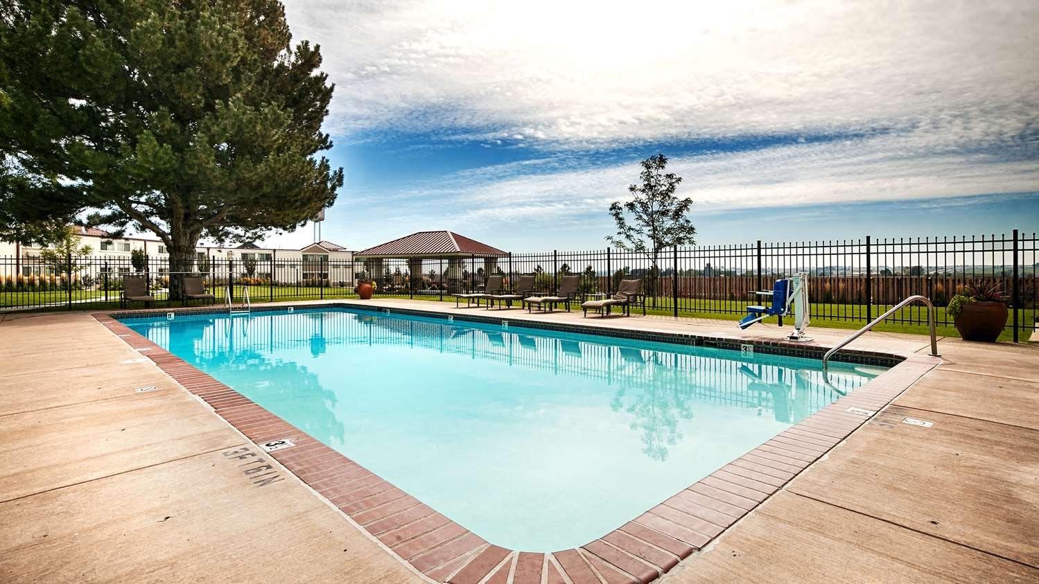 Pool - Best Western Plus Loveland Inn