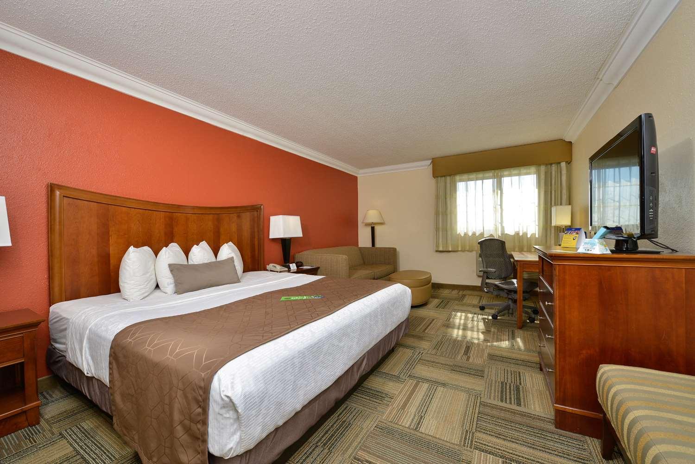 Room - Best Western Plus Loveland Inn