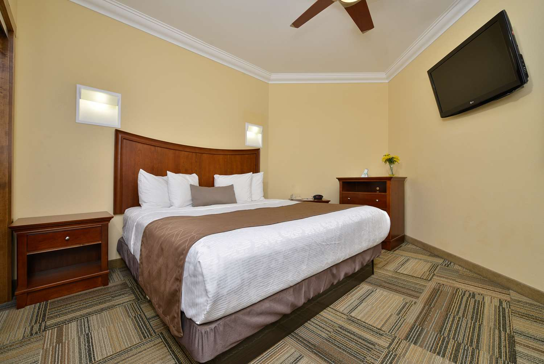 Suite - Best Western Plus Loveland Inn