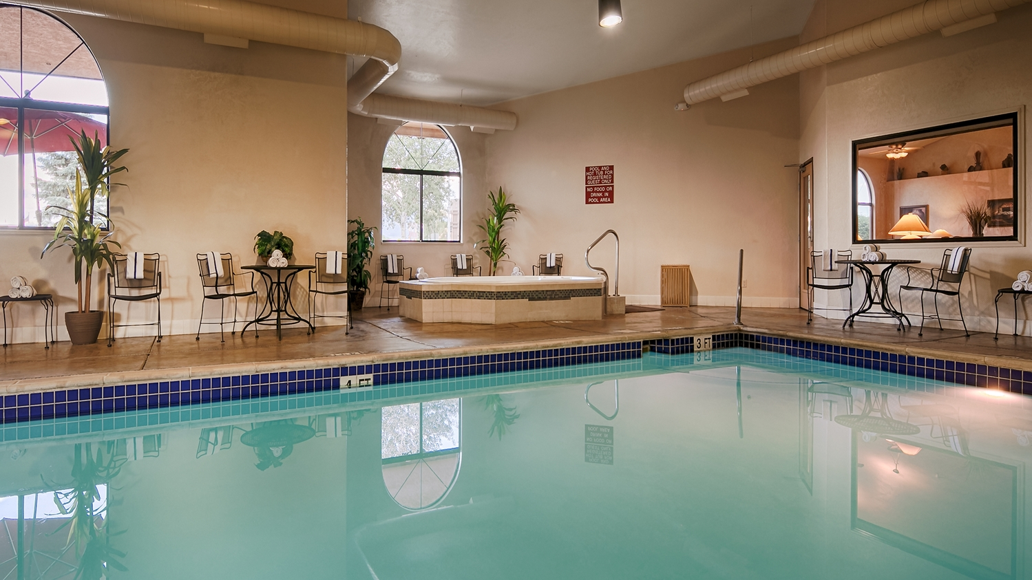 Pool - Best Western Grande River Inn & Suites Clifton