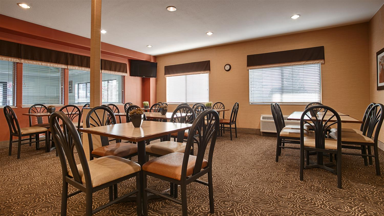 Restaurant - Best Western Inn & Suites Castle Rock