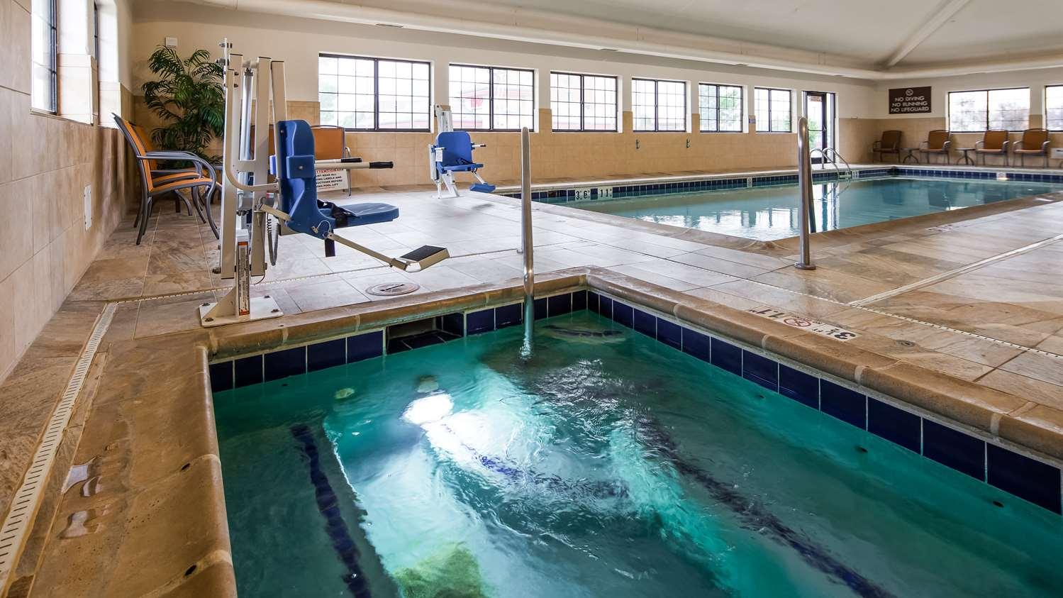 Pool - Best Western Plus Castle Rock Hotel