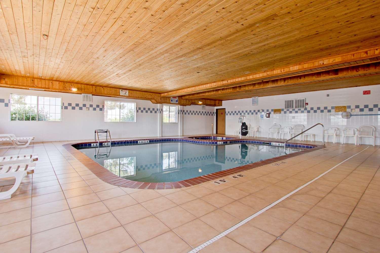 Pool - Best Western Firestone Inn & Suites
