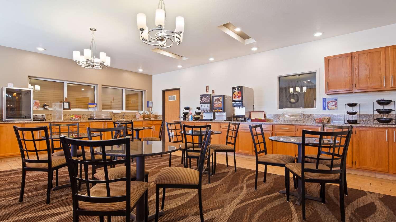 Restaurant - Best Western Firestone Inn & Suites
