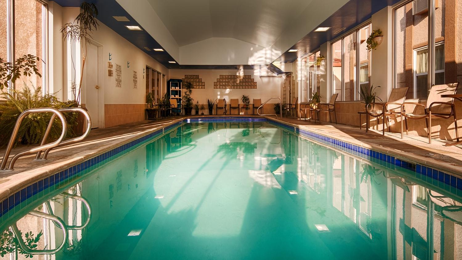 Pool - Best Western Executive Inn & Suites Colorado Springs
