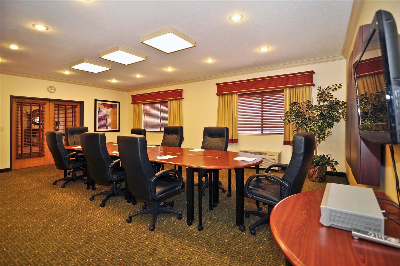 Meeting Facilities - Best Western Plus Eagleridge Inn & Suites Pueblo
