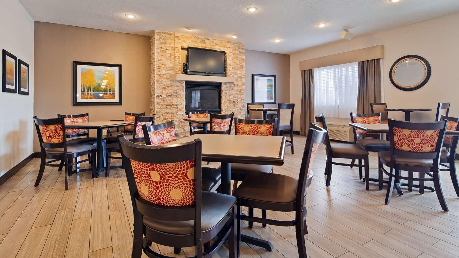 Restaurant - Best Western Plus Eagleridge Inn & Suites Pueblo