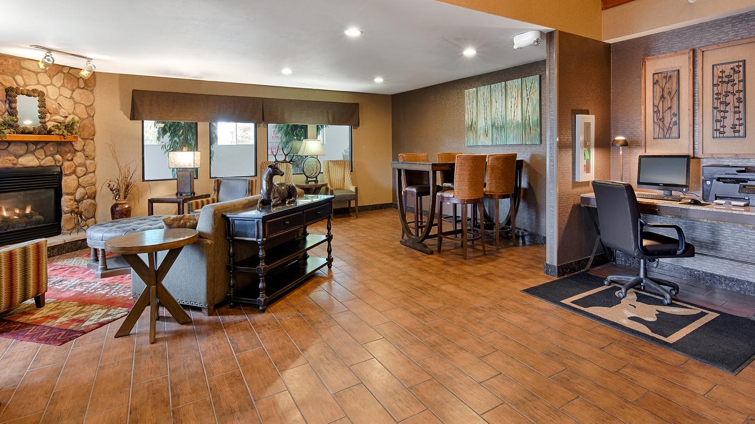 Lobby - Best Western Plus Deer Park Inn & Suites Craig