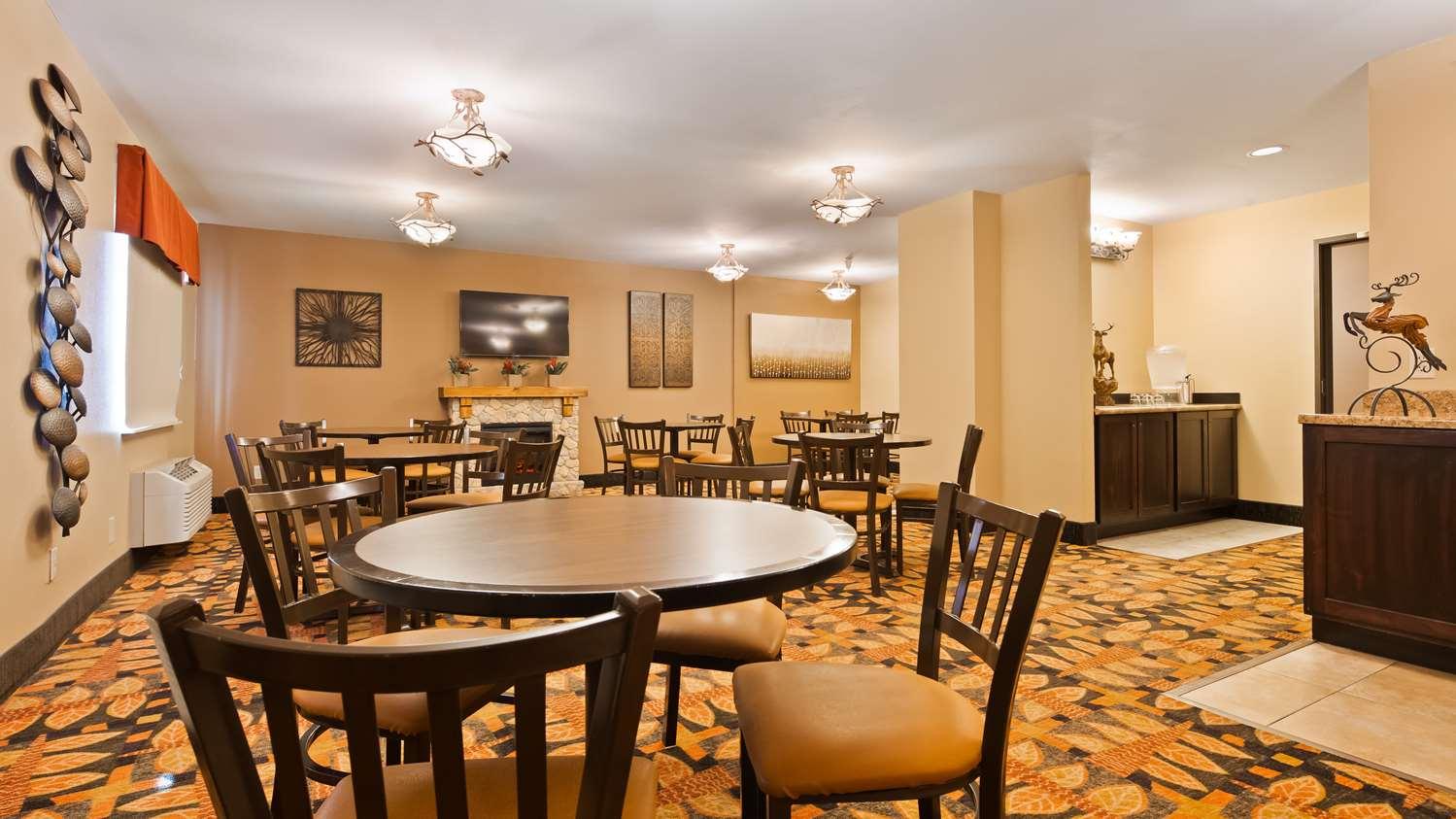 Restaurant - Best Western Plus Deer Park Inn & Suites Craig
