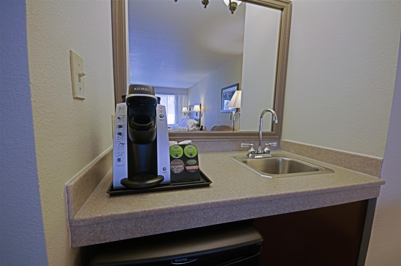 Room - Best Western Plus Plaza Hotel Longmont