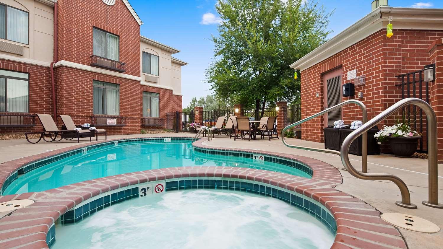 Pool - Best Western Plus Louisville Inn & Suites