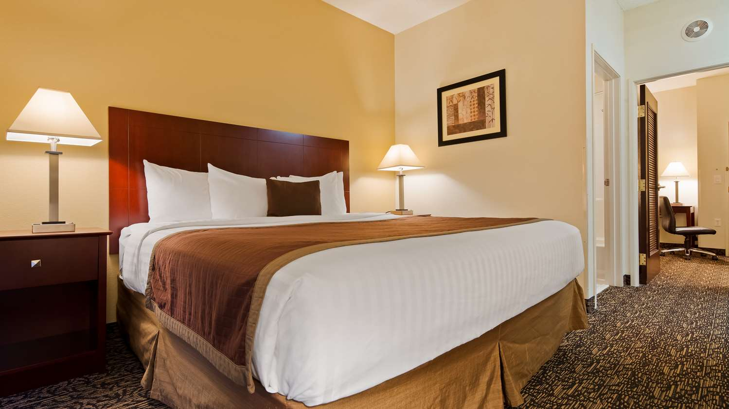 Suite - Best Western Plus Louisville Inn & Suites