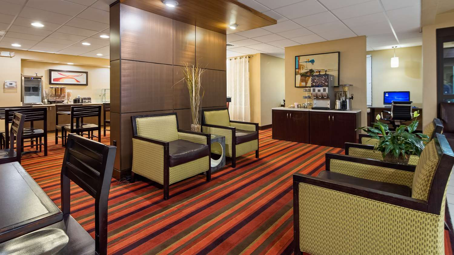 Lobby - Best Western Plus International Airport Inn & Suites Denver
