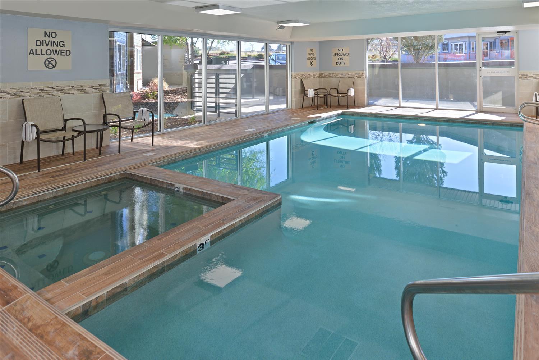 Pool - Best Western Plus Peak Vista Hotel Colorado Springs