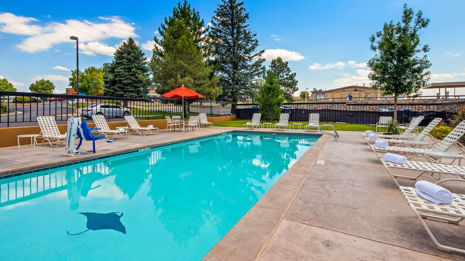 Pool - Best Western Plus Hotel Greenwood Village